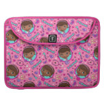 Doc McStuffins | I Care Pink Pattern MacBook Pro Sleeve