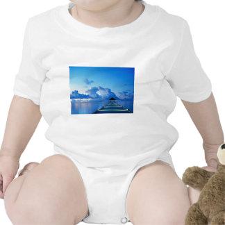 Dock.jpg Camiseta