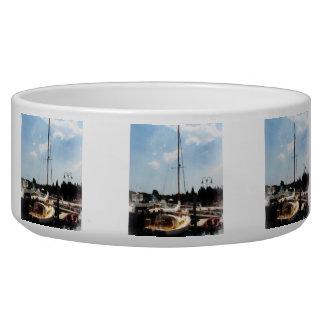 Docked Cabin Cruiser Bowl