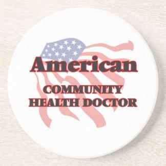 Doctor americano de la salud de la comunidad posavasos cerveza