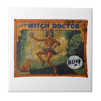 Doctor de bruja de la bandera del acto secundario azulejo cuadrado pequeño