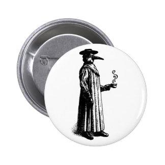 Doctor de la plaga con un Cuppa caliente Pin Redondo 5 Cm