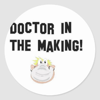 Doctor in the making classic round sticker