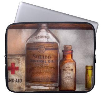 Doctor - Pharmacueticals Laptop Sleeve