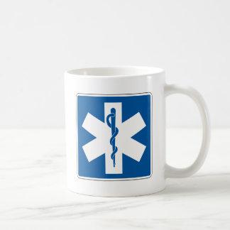 Doctor placa de calle taza básica blanca