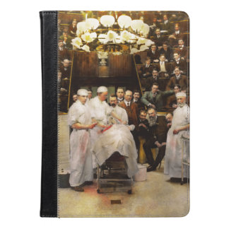 Doctor - Surgeon - Standing room only 1902 iPad Air Case