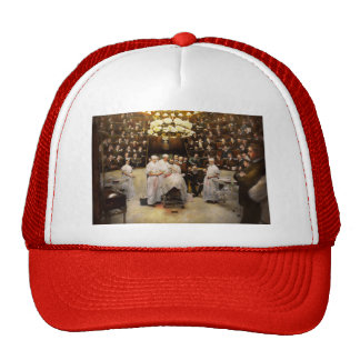 Doctor - Surgeon - Standing room only 1902 Trucker Hat