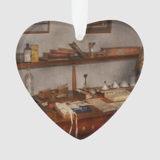Doctor - Vet - The desk of a Veterinarian