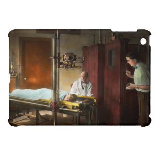 Doctor - X-Ray - In the doctors care 1920 iPad Mini Covers