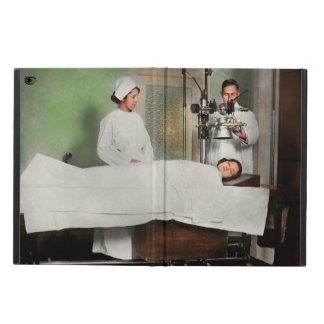 Doctor - Xray - Getting my head examined 1920 Powis iPad Air 2 Case