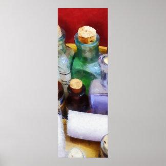 Doctores - botellas y vendajes de la medicina posters
