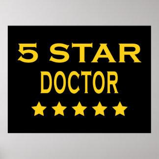 Doctores frescos divertidos: Doctor de cinco estre Poster