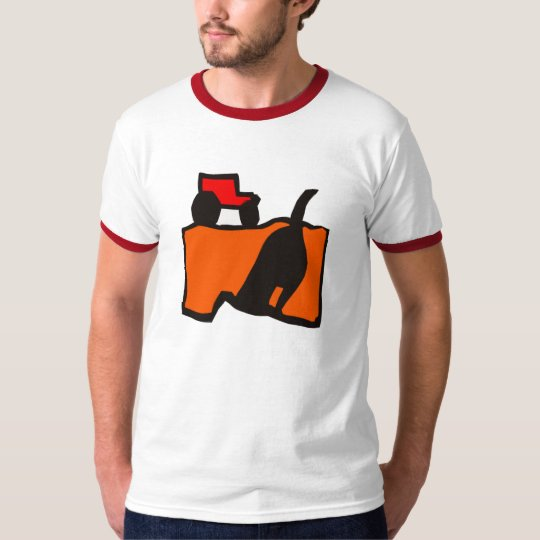 DOG DIGGING TRACTOR FARM FIELD T-Shirt
