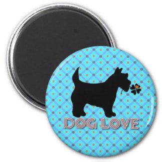 Dog Love Design Magnet