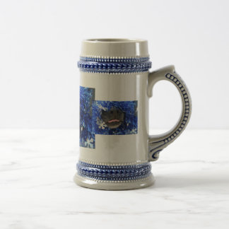 Dog Nose Small tongue Blue Tinsel 18 Oz Beer Stein