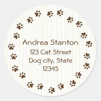 Dog or cat pawprint circle address label classic round sticker