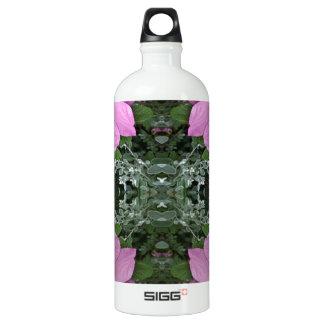 Dog roses in reflect SIGG traveler 1.0L water bottle
