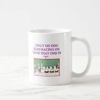dog sled racing iditarod lover coffee mug