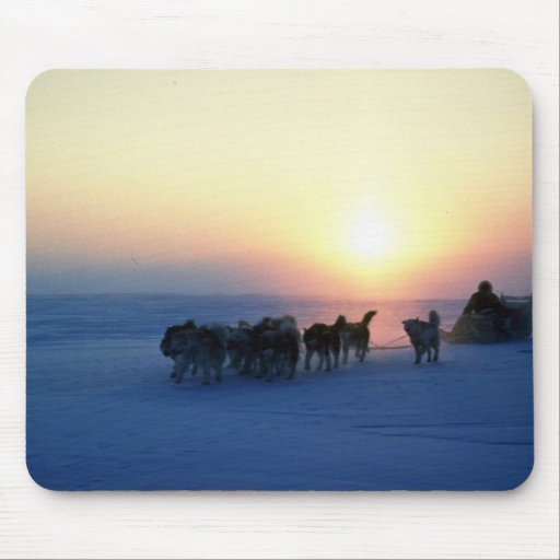 Dog sled travel at 45 degrees Celsius, Baffin Isla Mousepad