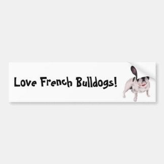 Dogo francés blanco y negro hermoso en hierba pegatina para auto