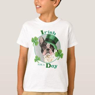 Dogo francés del día de St Patrick Playera