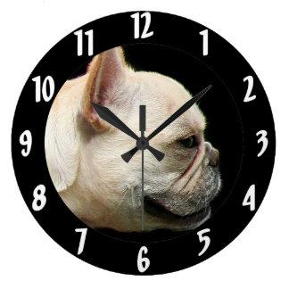 Dogo francés reloj