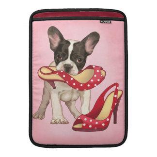 Dogo francés y zapato del lunar fundas para macbook air