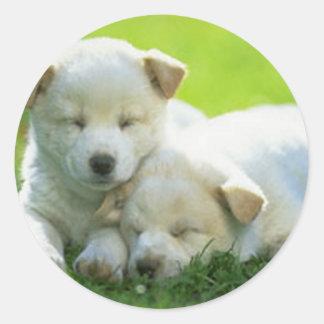DOGS SUPPORT OBAMA ROUND STICKER