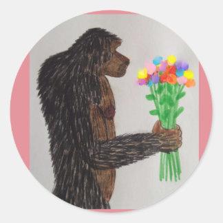 Dogsquatch florece amor pegatina redonda