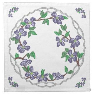 Dogwood floreciente del estilo del bordado servilleta