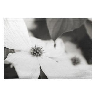 Dogwood Flower Place Mat