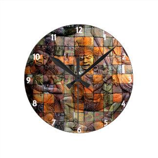 Doi Inthanon Chedi tallado teja 2 Reloj Redondo Mediano