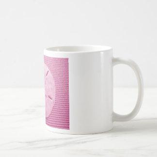 Dólar de arena rosado taza