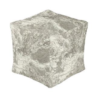 Dole, Auxonne Cube Pouf