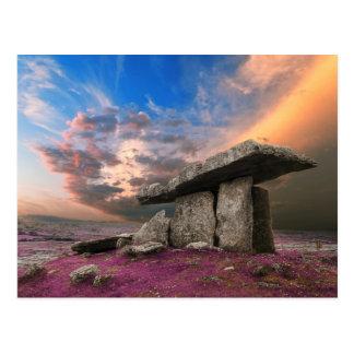 Dolmen de Poulnabrone, condado Clare, Irlanda Tarjeta Postal