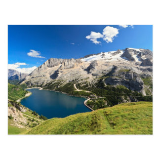Dolomiti - lago Fedaia y soporte de Marmolada Postal