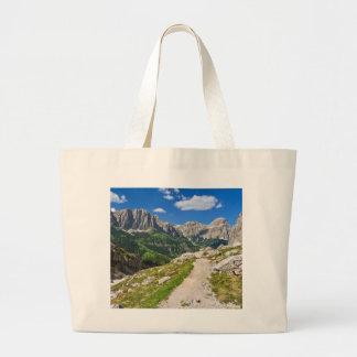Dolomiti - sendero en Val Badia Bolsa Lienzo