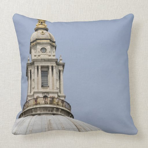 Dome of St Paul's Cathedral Pillow
