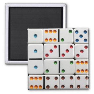 Dominoes magnet