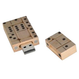 Dominos usb flash memory