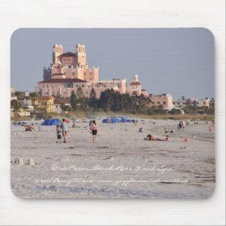 Don Cesar - el castillo rosado de la Florida Mousepads