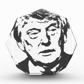 Donald-j-triunfo-portret-presidencial