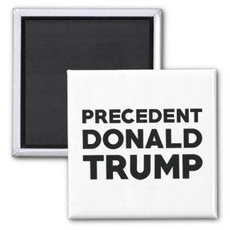 Donald Trump precedente Imán Cuadrado