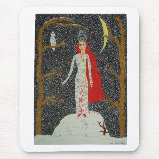 Doncella de la nieve (versión roja) Mousepad
