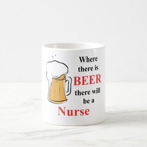 Donde hay cerveza - enfermera taza