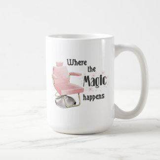 Donde sucede la magia taza del estilista