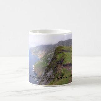 Donegal Irlanda, acantilados de la liga de Sliabh Tazas De Café