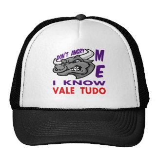 Don't angry me, i know Vale Tudo. Trucker Hats