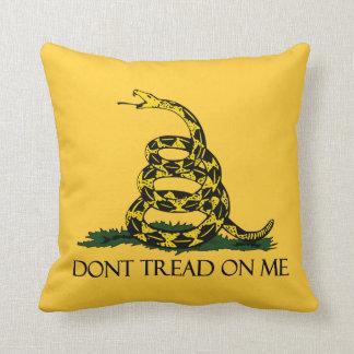 Don't Tread on Me, Gadsden Flag Patriotic History Throw Pillow