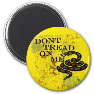 Dont Tread on Me Gadsden Flag/Symbol 2 Inch Round Magnet